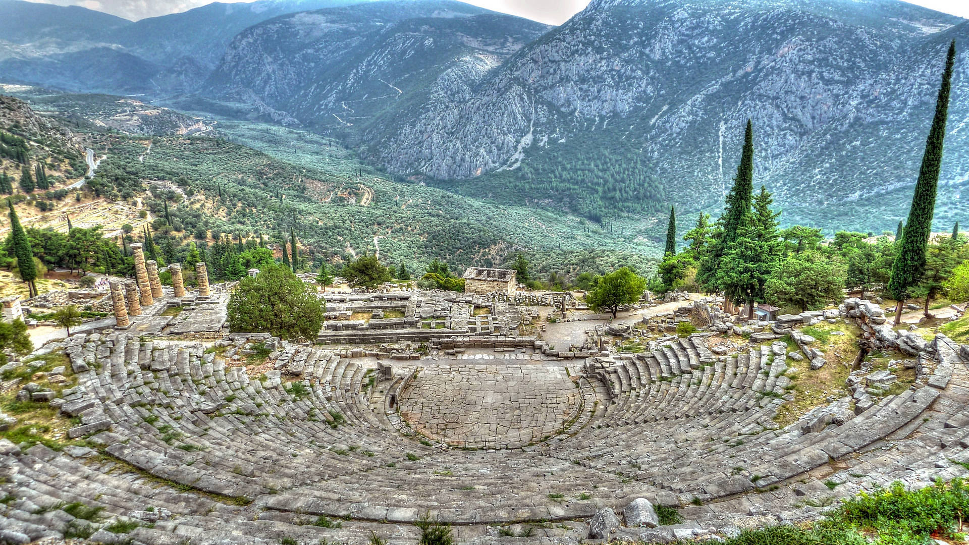 Athens to Delphi by Best Athens Tours